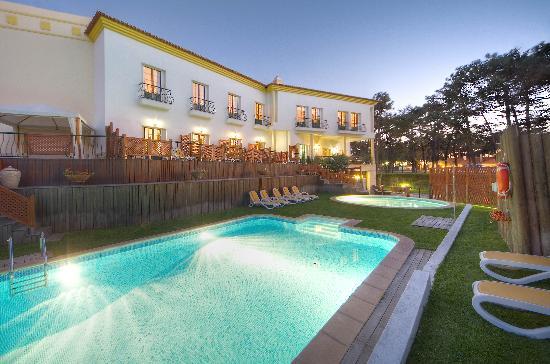 hotels route du soleil. Black Bedroom Furniture Sets. Home Design Ideas