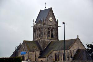 Kerk van Sainte Mère Eglise