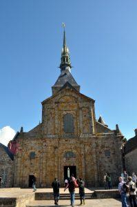 Ingang van de abdijkerk