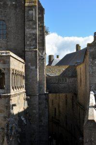 Smalle en eeuwenoude straatjes
